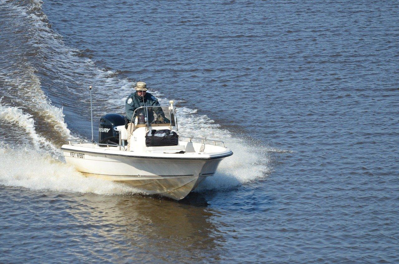 łodzie z laminatu
